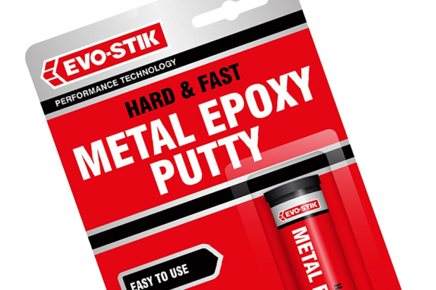 Epoxy putty used to fit DIY shelving on to brick walls