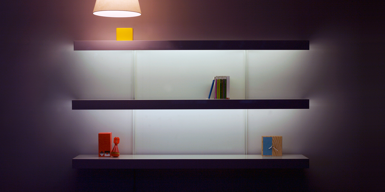 wall shelving with lighting on on shelving systems. Black Bedroom Furniture Sets. Home Design Ideas