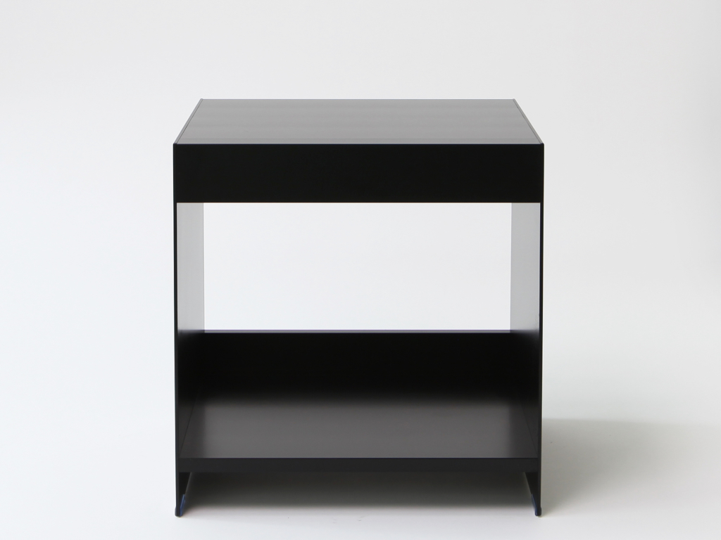 ON&ON modern aluminium side table in black